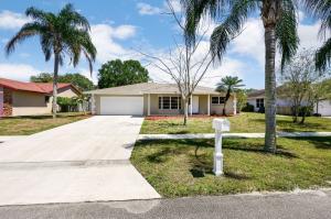 111 Valencia Street, Royal Palm Beach, FL 33411