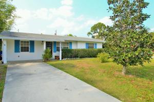 2283 SE Washington Street, Stuart, FL 34997