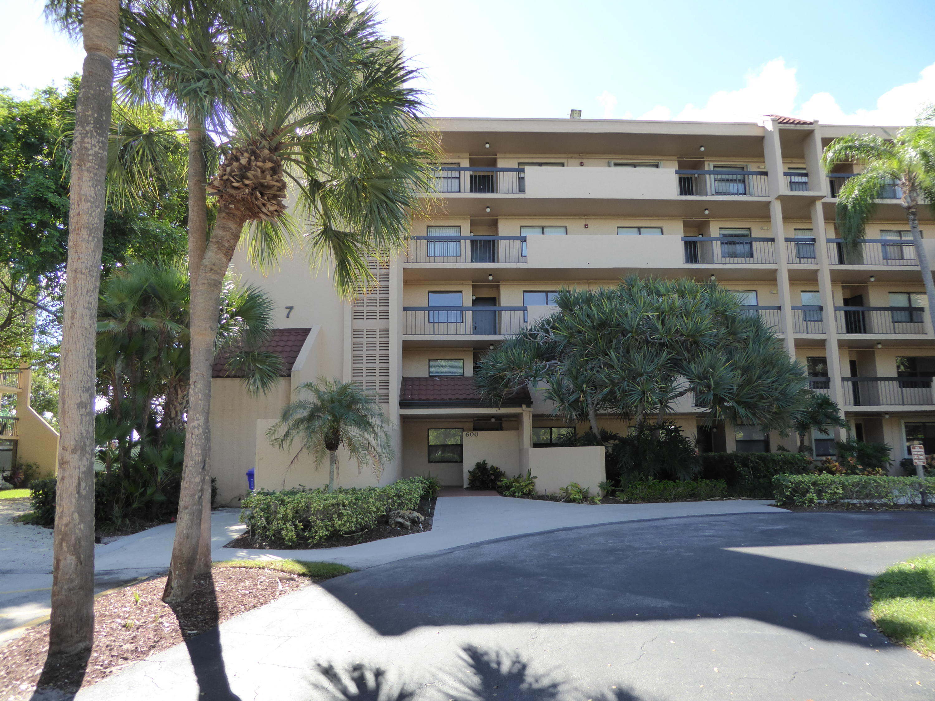 600 Egret Circle,Delray Beach,Florida 33444,2 Bedrooms Bedrooms,2 BathroomsBathrooms,Condo/coop,Egret,RX-10615619