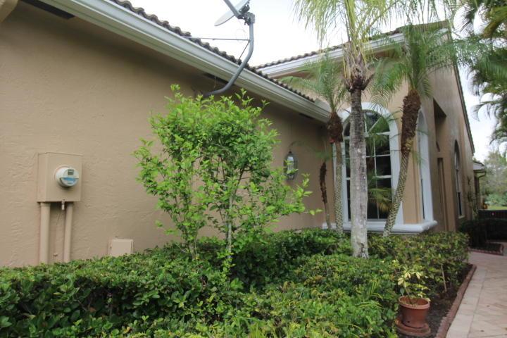 MLS# RX-10615741 Property Photo