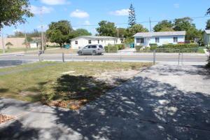 556 W Martin Luther King Jr Boulevard Boynton Beach FL 33435