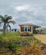 9 Nuestra Calle Lane, Port Saint Lucie, FL 34952