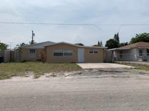 7833 Loomis Street, Lantana, FL 33462