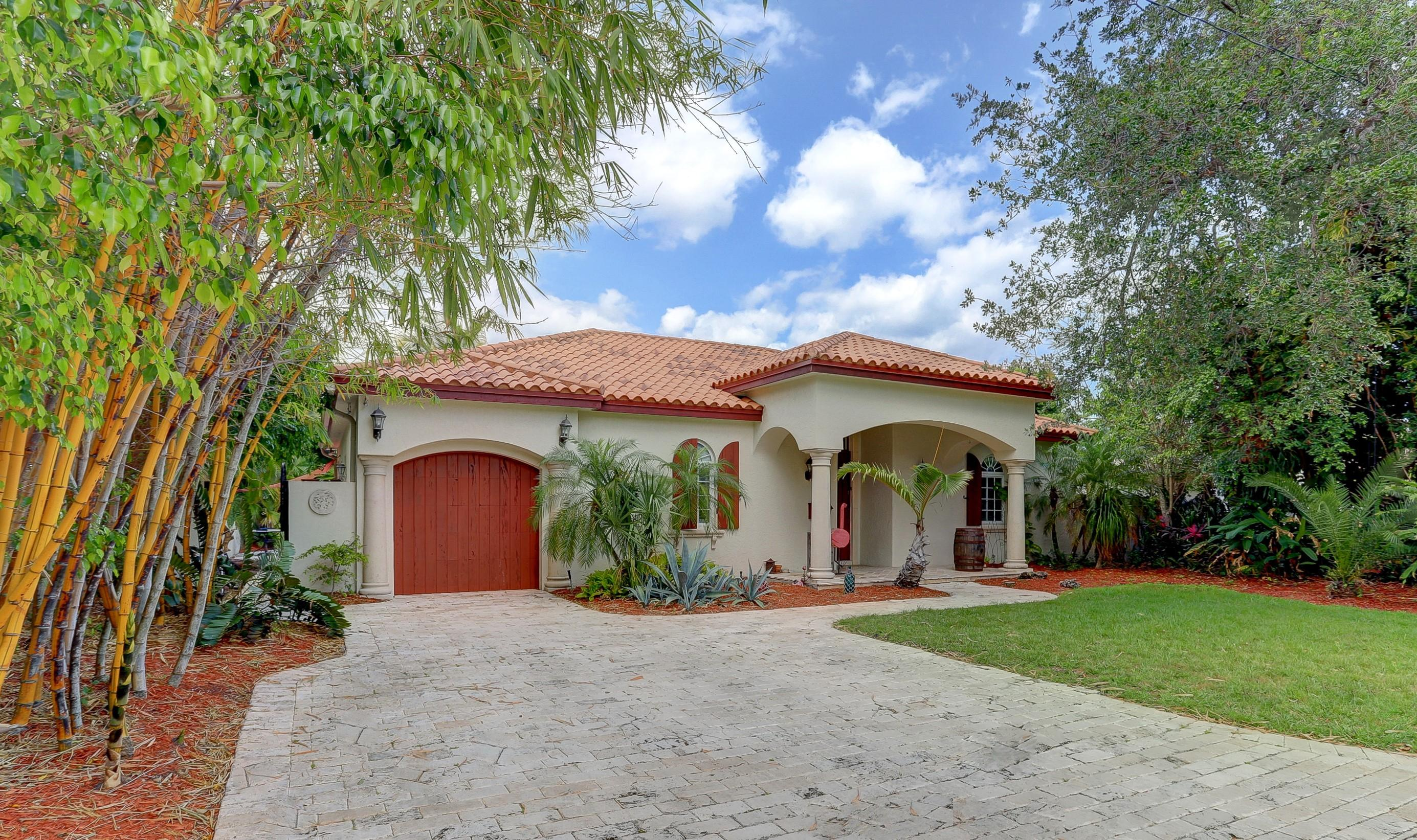 725 NW 6th Street