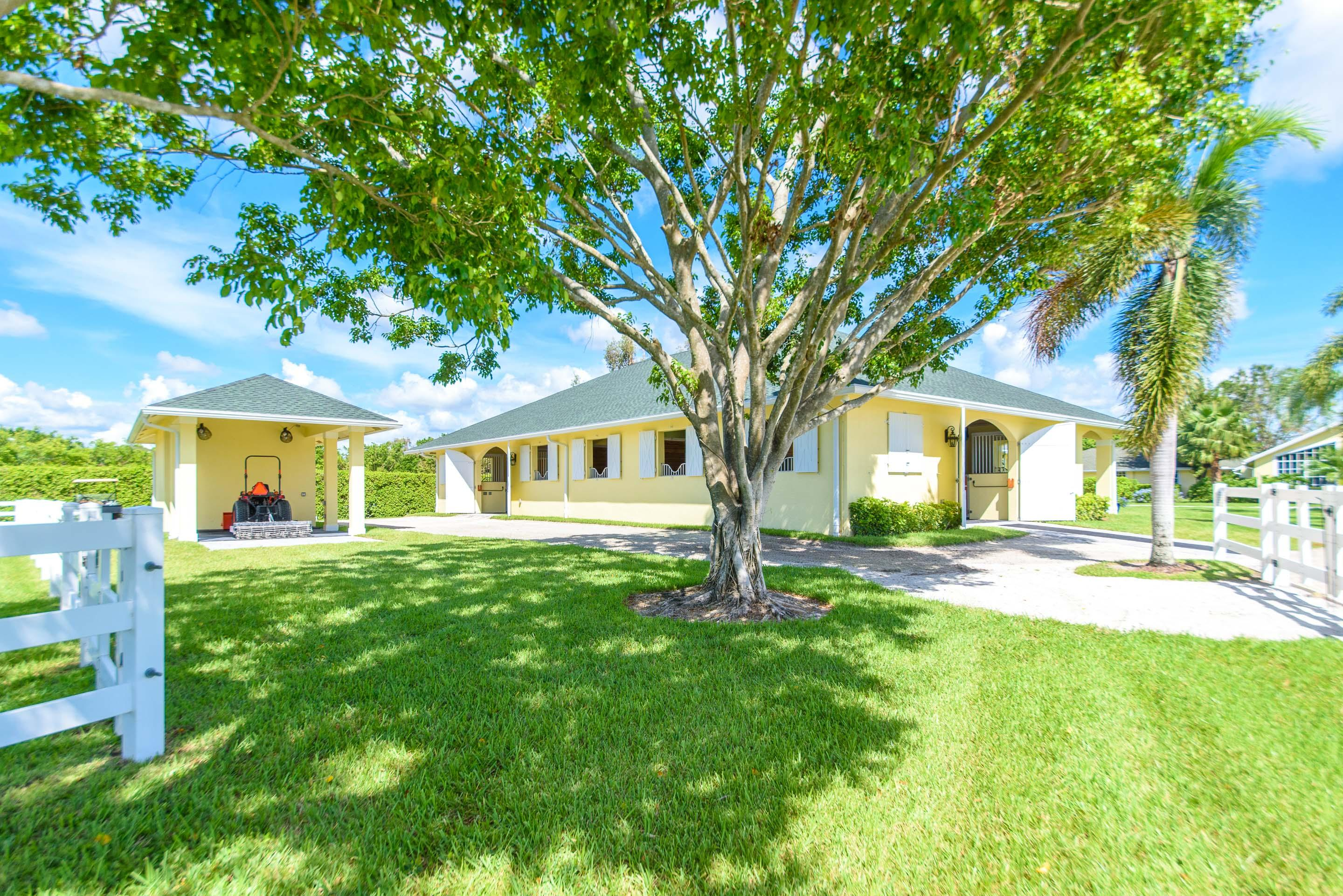 14466 Laurel Trail, Wellington, Florida 33414, 2 Bedrooms Bedrooms, ,2.1 BathroomsBathrooms,Barn,For Rent,Laurel,1,RX-10616232