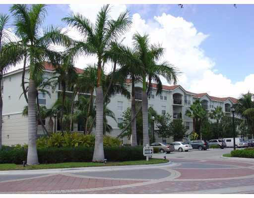 LUXURIOUS RESORT STYLE LIVING IN GATED INTRACOASTAL COMM. THIS LIGHT AND BRIGHT TOP FLOOR UNIT FEATURES CHERRY WOOD CABINETRY W/GRANITE. NEWER ELEGANT MARBLE LOOK FLOORINGV THRU-OUT. FULL SIZE WASHER/DRYER IN UNIT. SPLIT BE PLAN WITH OWN BATH. SPACIOUS BALCONY WITH VIEW OF PRESERVE. TRANQUIL FOUNTAIN COURTYARD WITH GRILL FOR OUTDOOR DINING. FANTASTIC GRILLING ALSO AT CLUBHOUSE OVERLOOKING THE INTRACOASTAL AND CONSTANT BOAT PARADE. MILLION $$$ CLUBHOUSE WITH POOL AND SPA OVERLOOKING THE INTRACOASTAL. ENJOY THE WATER AND BOATS GOING BY!!! EXERCISE ROOM, BILLIARDS, INDOOR BASKETBALL, TENNIS, MINUTES TO THE OCEAN.AND DELRAY'S TRENDY ATLANTIC AVE. 5 MIN. TO I-95. SHOPPING AND RESTAURANTS AROUND THE CORNER. BOYNTON BEACH IS THE NEW UPCOMING TOWN.