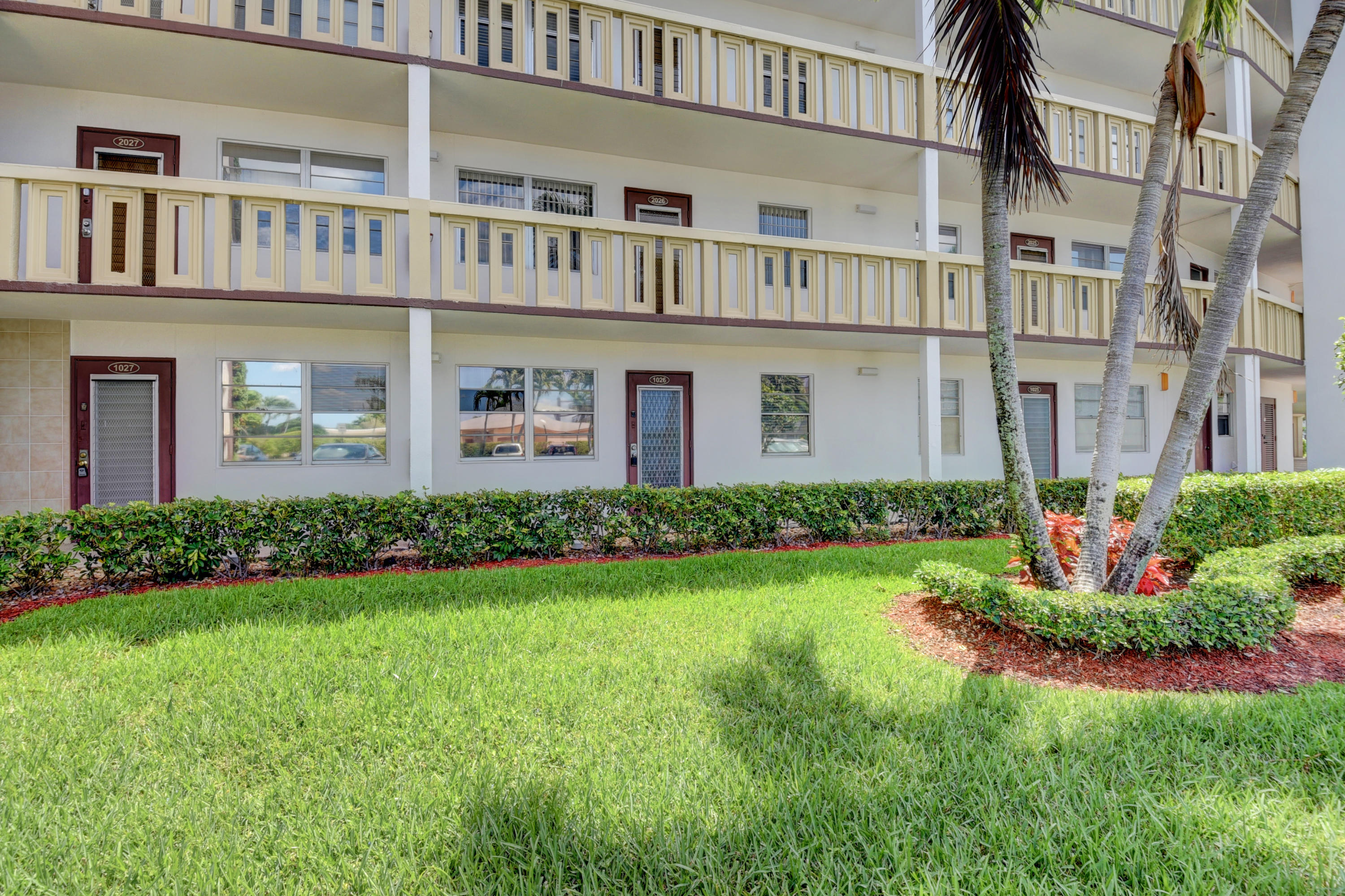 1026 Guildford B Boca Raton,Florida 33434,2 Bedrooms Bedrooms,1 BathroomBathrooms,Condo/coop,Guildford B,RX-10617638