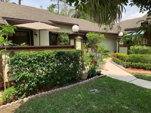 260 Deerfield Court, Royal Palm Beach, FL 33411
