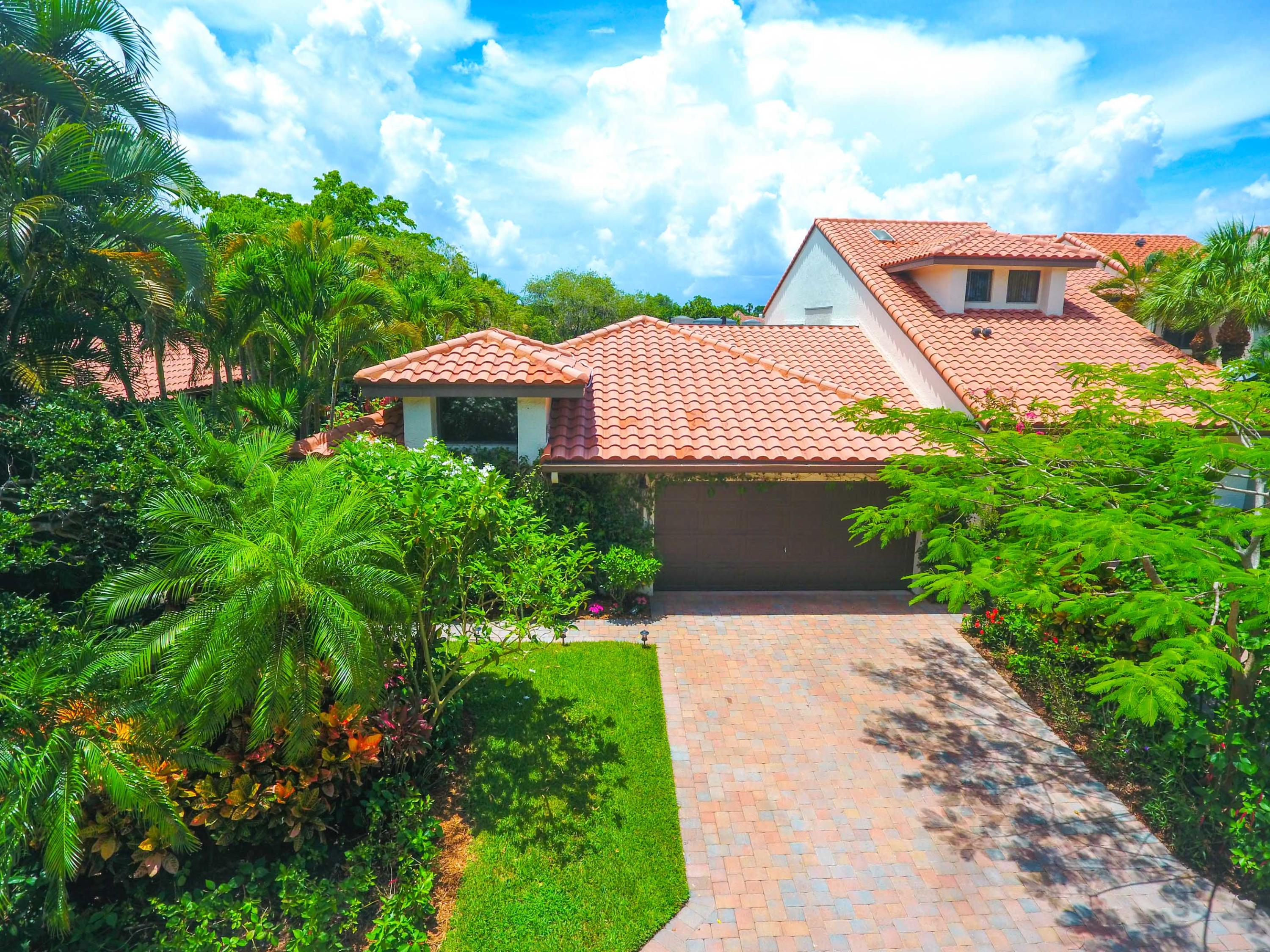 2387 Windsor Way Court, Wellington, Florida 33414, 3 Bedrooms Bedrooms, ,3 BathroomsBathrooms,Villa,For Rent,Palm Beach Polo and Country Club,Windsor Way,1,RX-10618198
