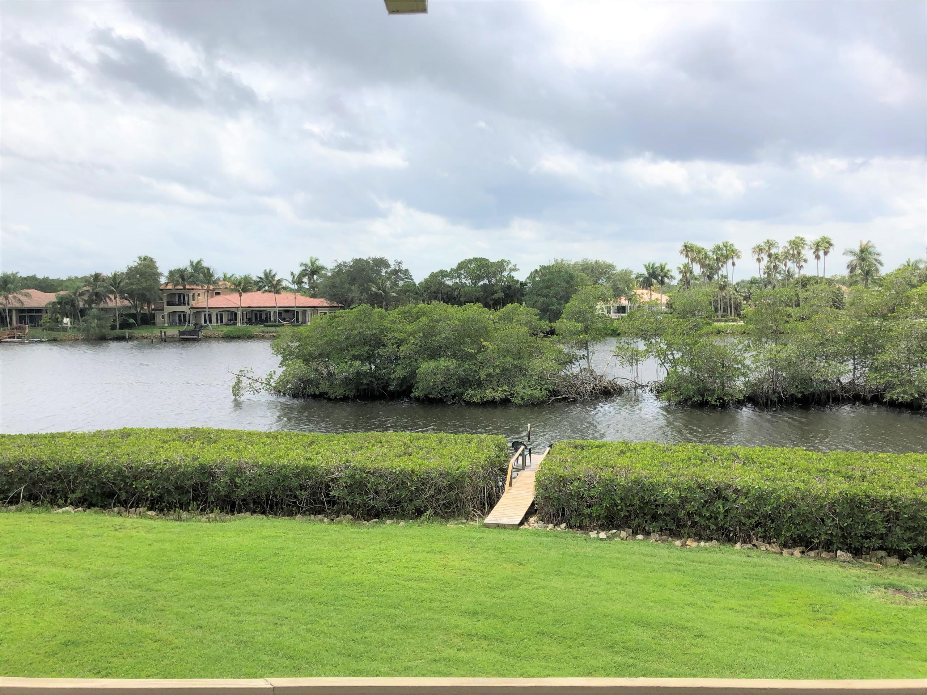 9160 Riverfront Ter Terrace,Tequesta,Florida 33469,3 Bedrooms Bedrooms,2 BathroomsBathrooms,Condo/coop,Riverfront Ter,RX-10618487