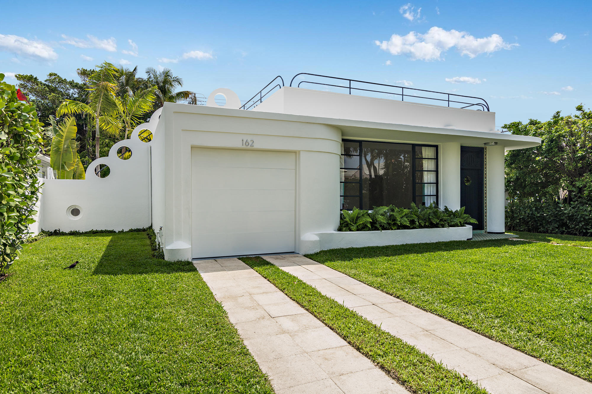 162 Peruvian Avenue, Palm Beach, Florida 33480, 3 Bedrooms Bedrooms, ,2 BathroomsBathrooms,Single Family,For Sale,Peruvian,RX-10618711