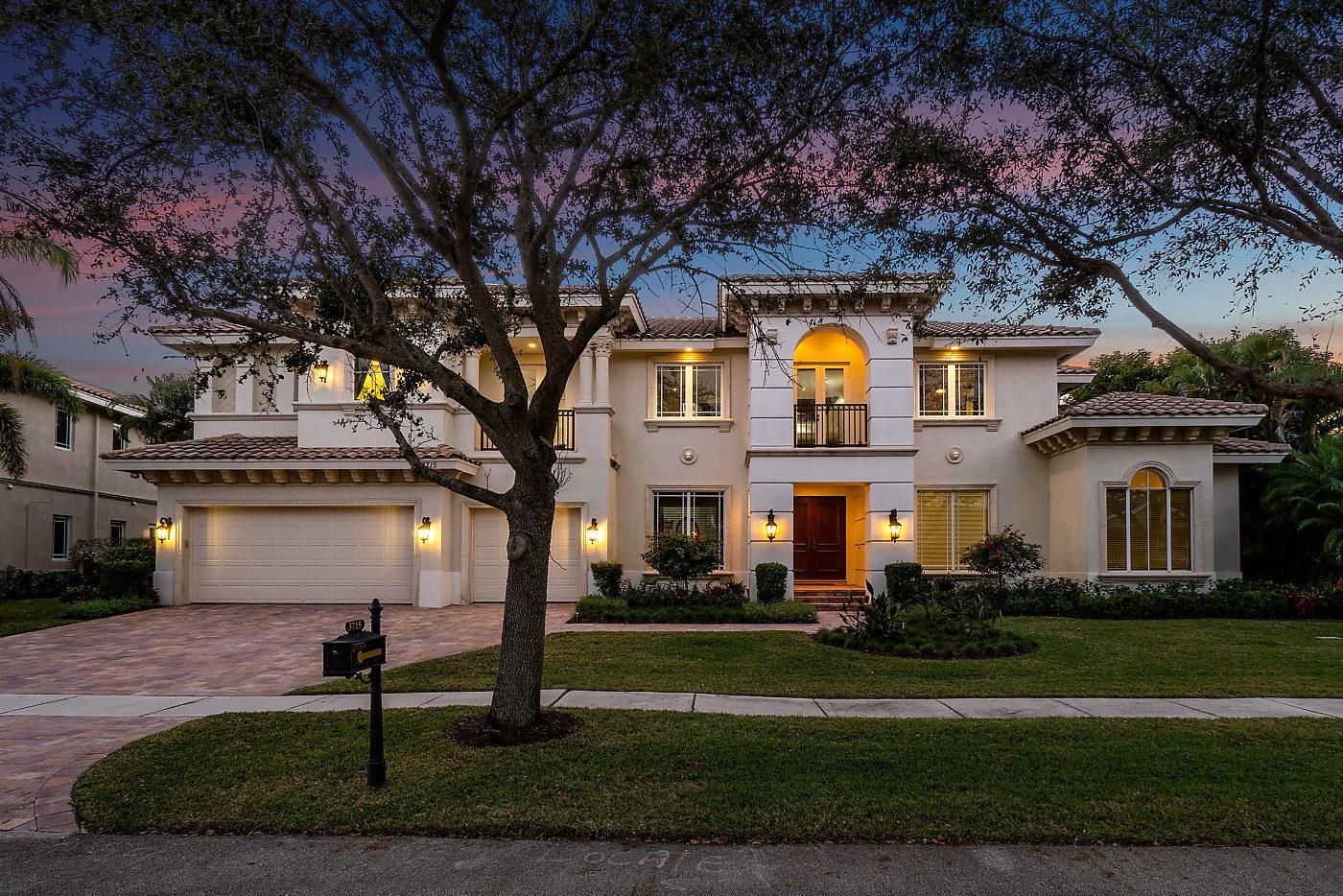 Photo of 3715 Kings Way, Boca Raton, FL 33434