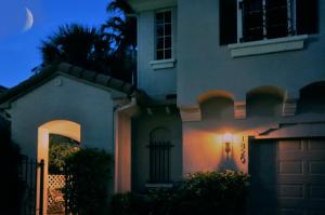 1820 Flower Drive, Palm Beach Gardens, FL 33410