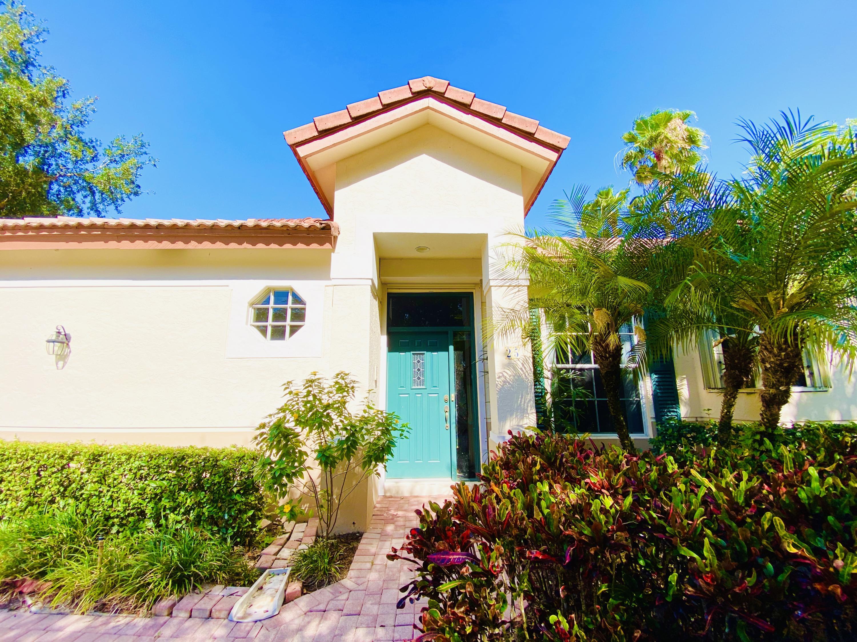 25 Porta Vista Circle Palm Beach Gardens, FL 33418