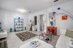 8316 Nw 9th Avenue Boca Raton FL 33487