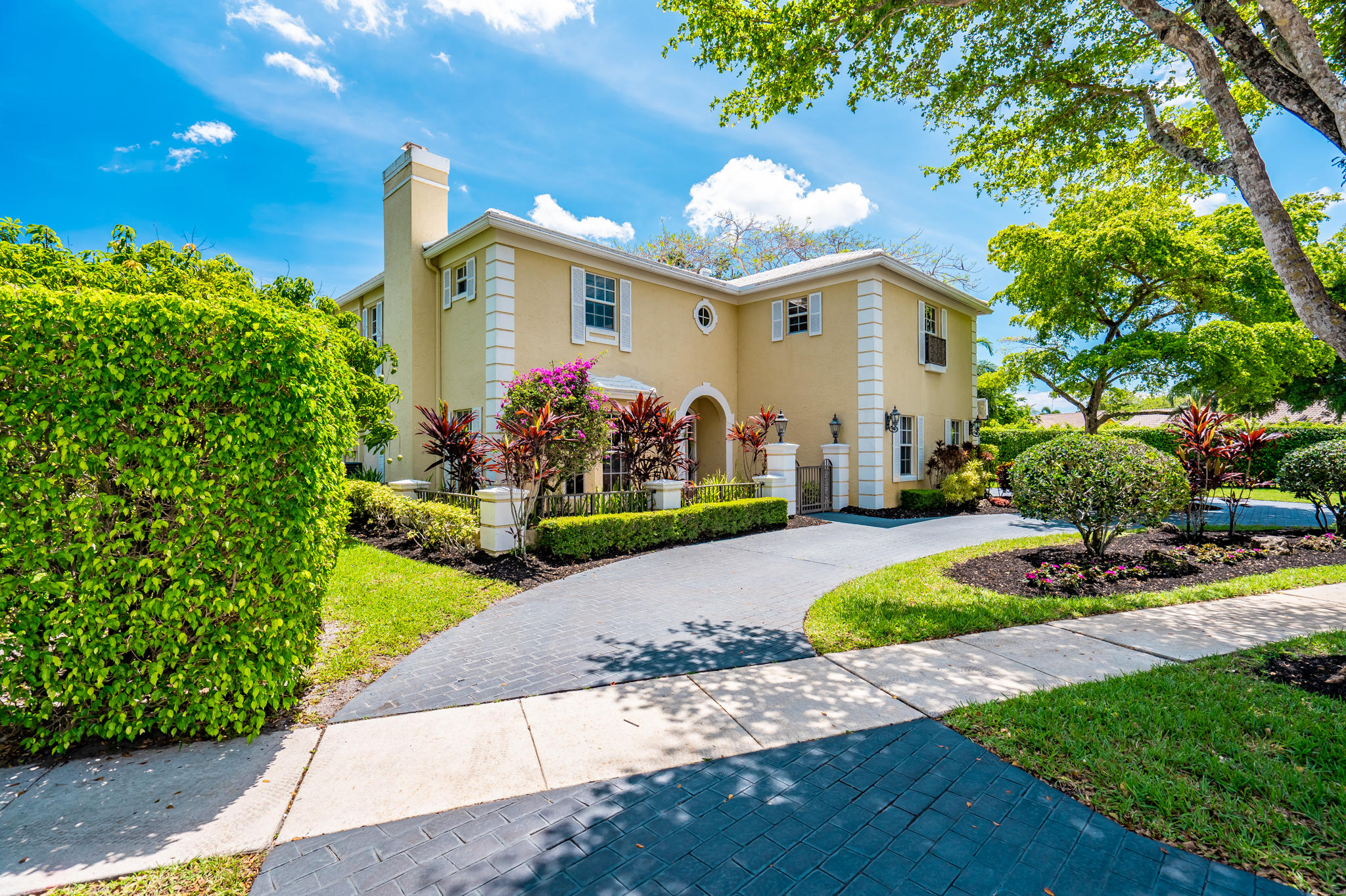 Home for sale in Colonnade/glen Oaks Boca Raton Florida