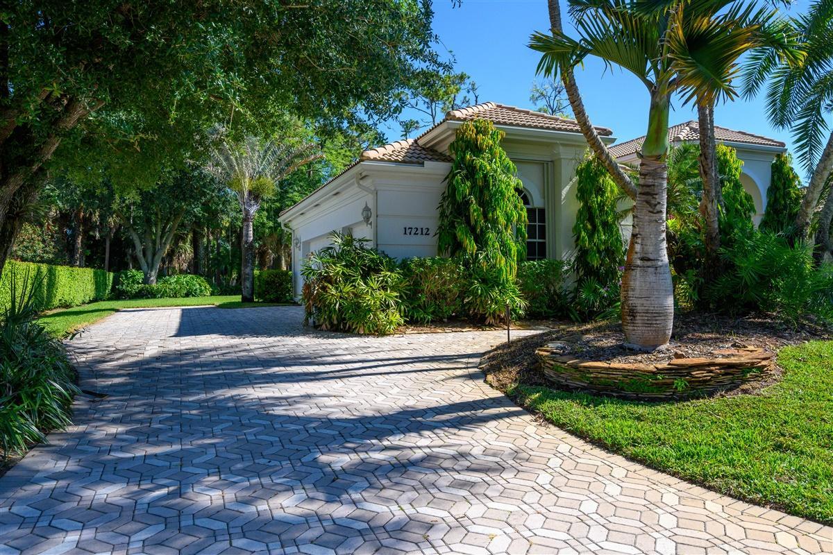 17212 Gulf Pine Circle, Wellington, Florida 33414, 4 Bedrooms Bedrooms, ,3 BathroomsBathrooms,Single Family,For Sale,BINKS ESTATES,Gulf Pine,RX-10620512