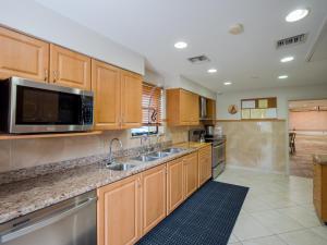 4575 Laurel Tree Road Boynton Beach FL 33436