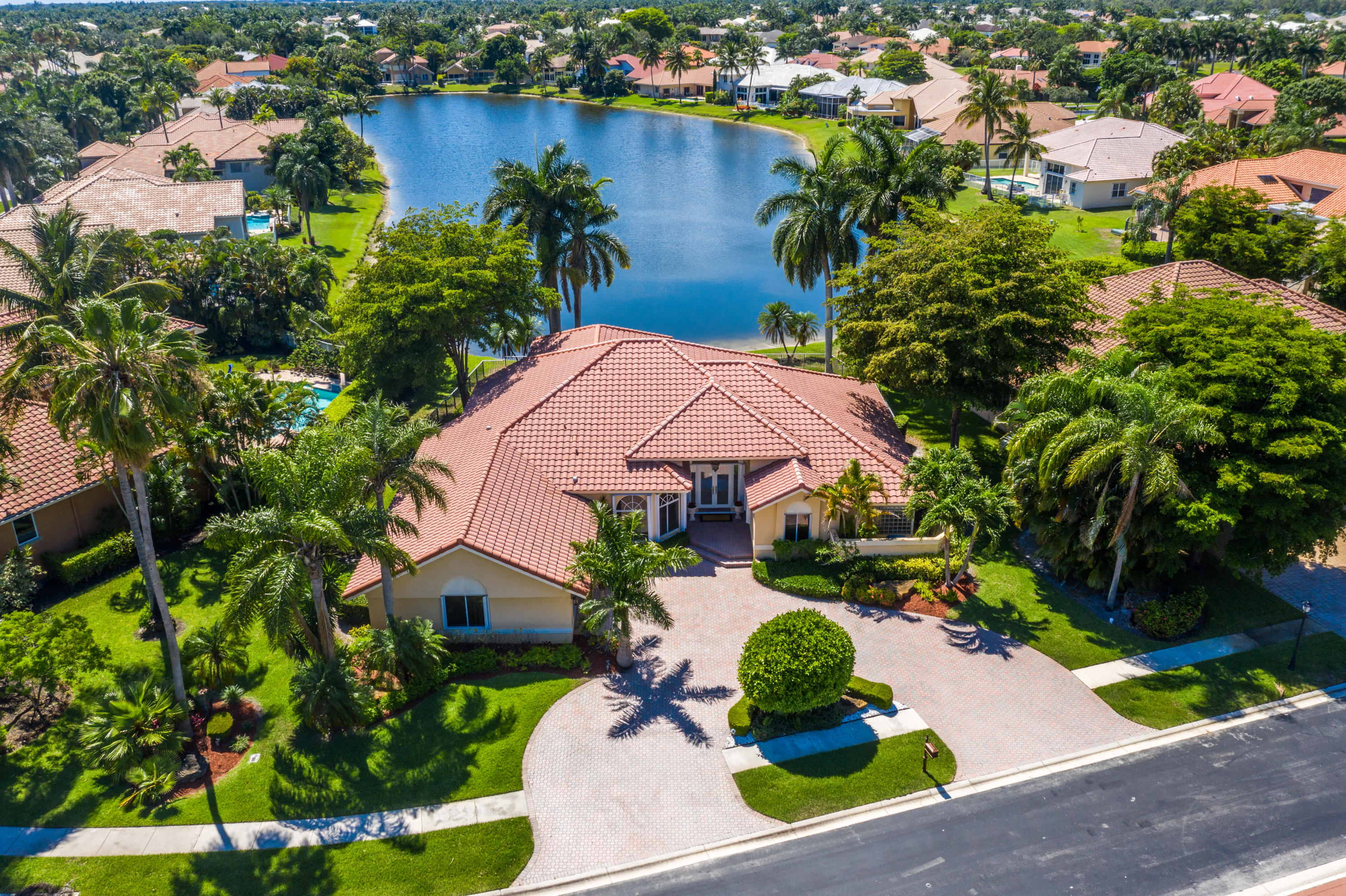 6615 Newport Lake Cir Circle Boca Raton, FL 33496