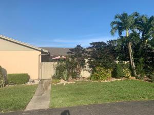 8064 Ambach Way, 20-C, Hypoluxo, FL 33462