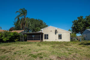 8415 Red Wagon Lane Boca Raton FL 33433