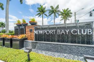 6774 Newport Lake Circle Boca Raton FL 33496