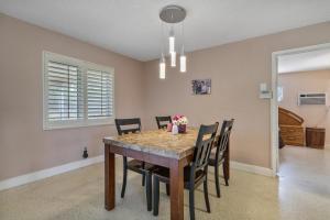 1056 Sw 28th Avenue Boynton Beach FL 33426