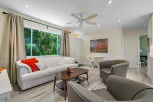 489 Kingsbridge Street Boca Raton FL 33487