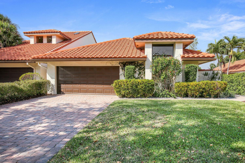 Wellington, Florida 33414, 3 Bedrooms Bedrooms, ,3 BathroomsBathrooms,Rental,For Rent,Windsor Way,RX-10623371