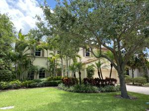 1214 Merlot Drive, Palm Beach Gardens, FL 33410
