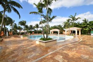 4295 Bocaire Boulevard Boca Raton FL 33487