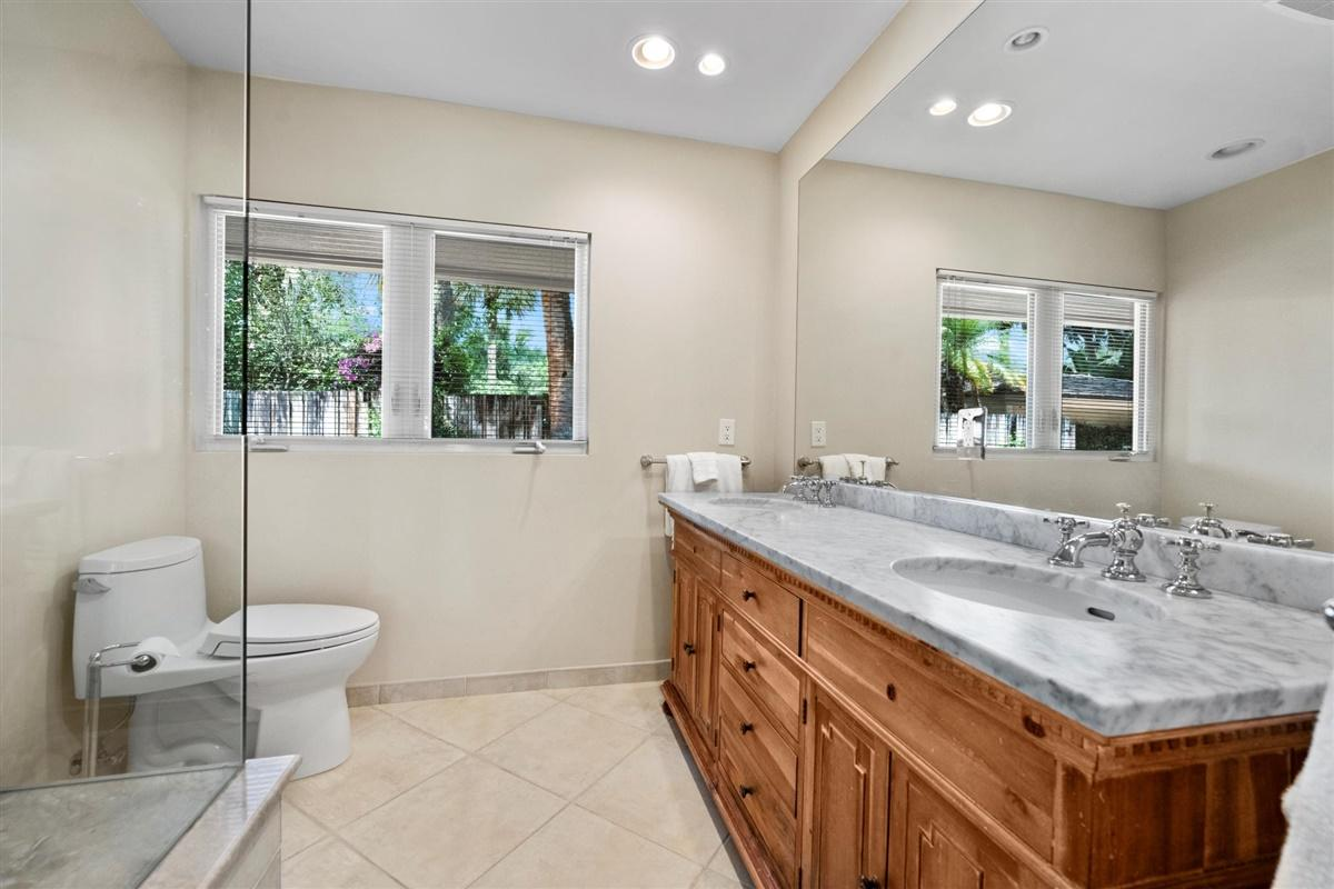 11681 Wimbledon Circle, Wellington, Florida 33414, 3 Bedrooms Bedrooms, ,3 BathroomsBathrooms,Villa,For Sale,Palm Beach Polo Golf & Country Club,Wimbledon,1,RX-10623996