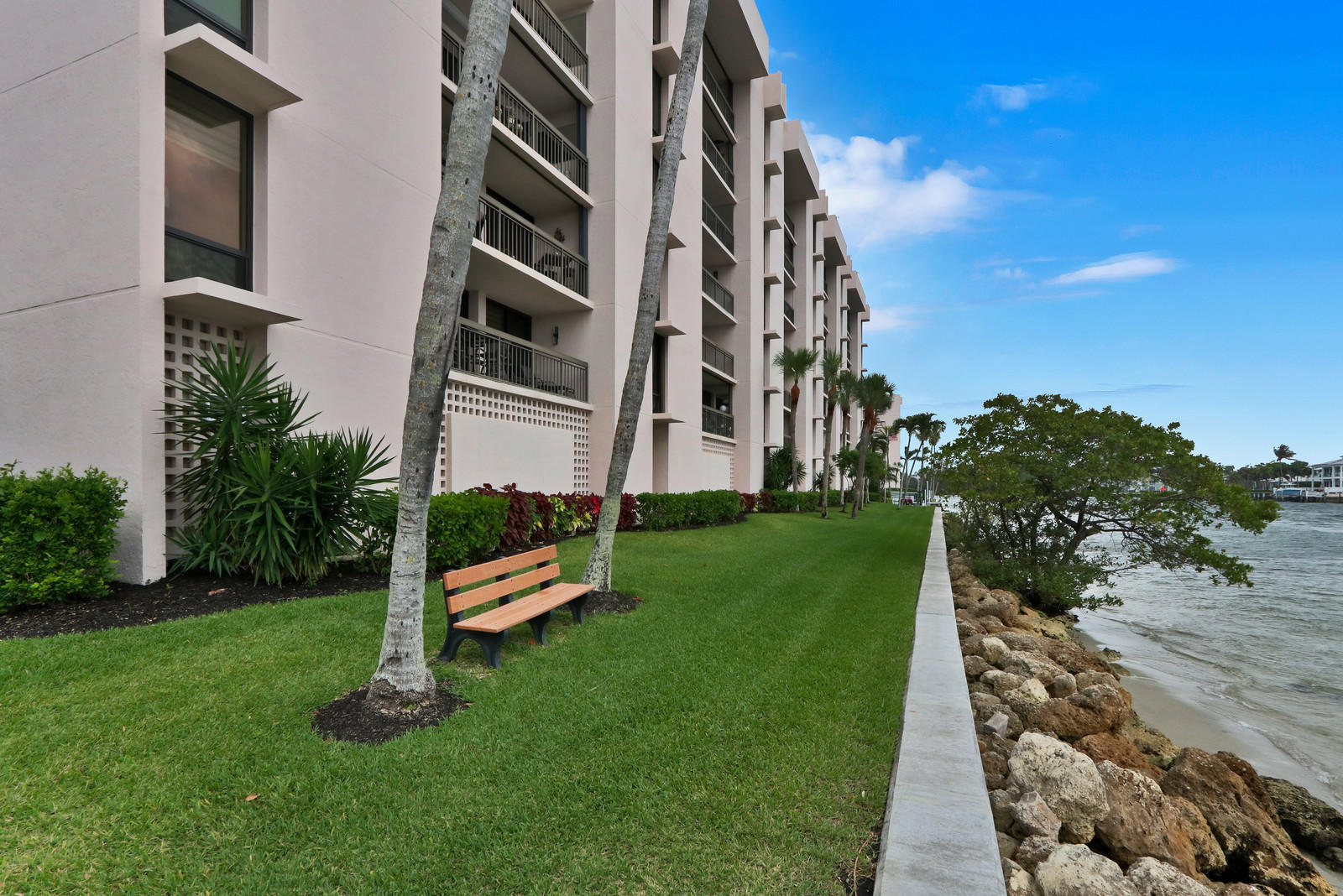 2701 N Ocean Boulevard #e605 Boca Raton, FL 33431