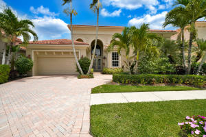 Curb Appeal at It's Best Combined with a Well-Maintained Interior