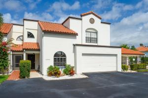 13546 Fountain View Boulevard, Wellington, FL 33414