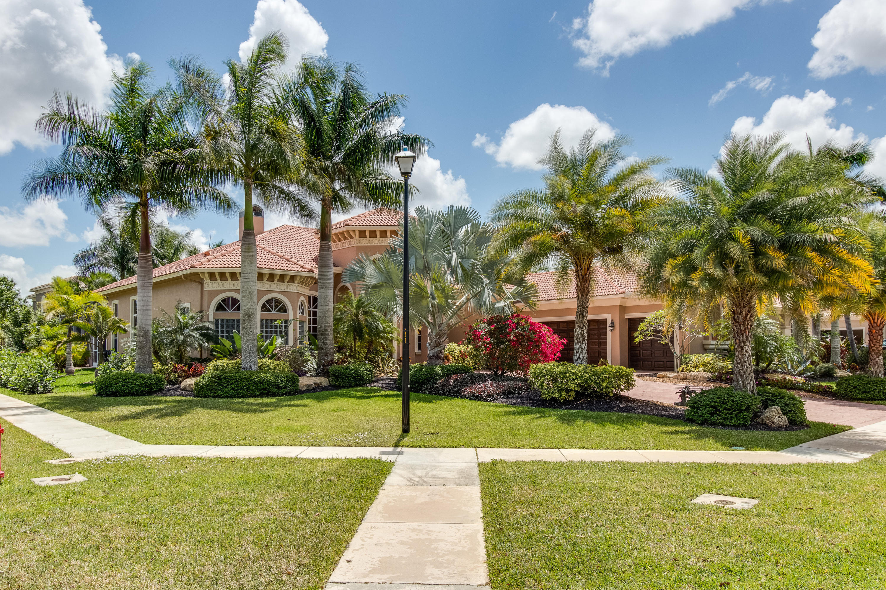 Wellington, Florida 33414, 5 Bedrooms Bedrooms, ,4 BathroomsBathrooms,Rental,For Rent,Equine,RX-10624604