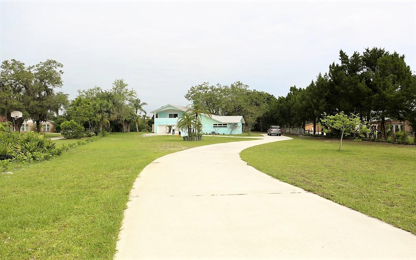 3327 SW Bessey Creek Trail Palm City, FL 34990