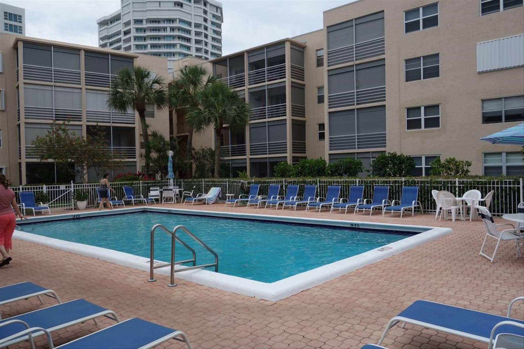 1541 S Ocean Blvd #212, Lauderdale By The Sea, FL, 33062
