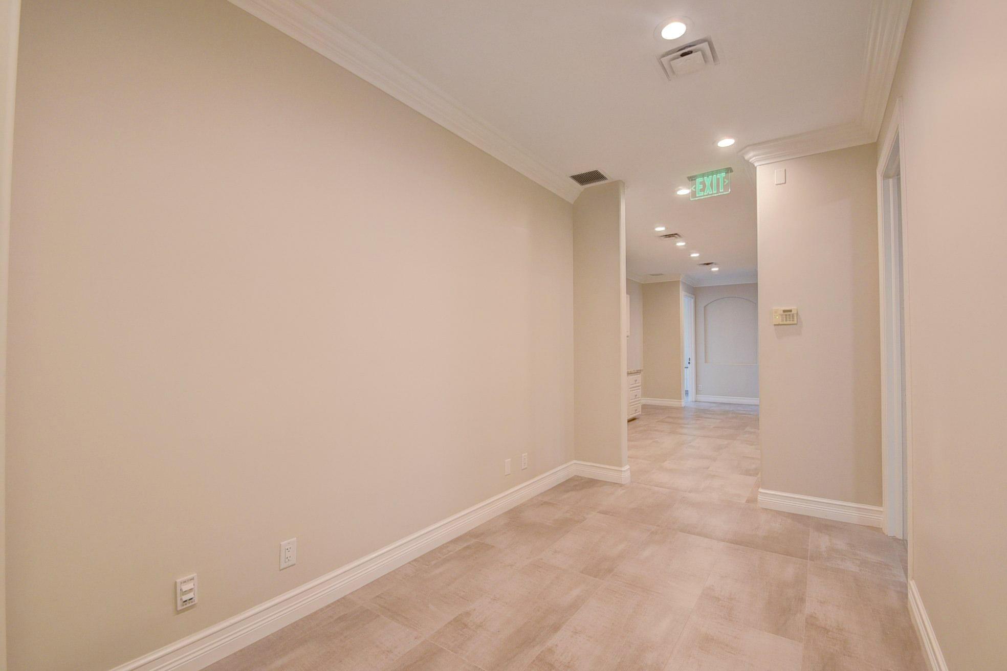 205 NE 5th Terrace gallery image #29