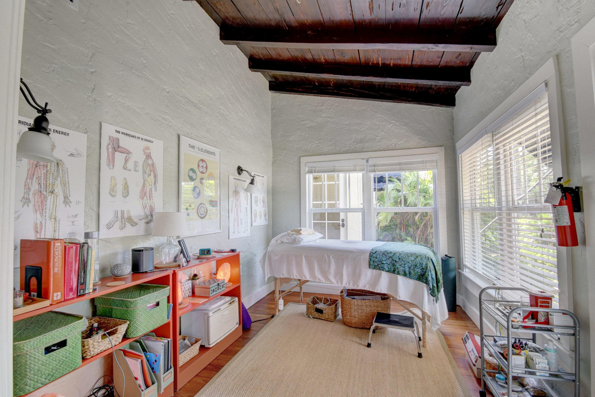 205 NE 5th Terrace gallery image #39