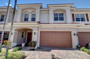 48 Lancaster Road, Boynton Beach, FL 33426