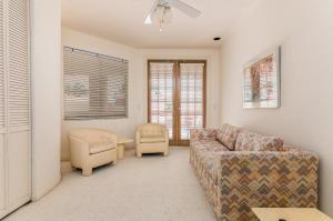 21366 Greenwood Court Boca Raton FL 33433