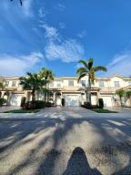 73 Legacy Court, Delray Beach, FL 33445