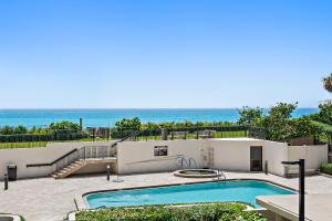 5380 N Ocean Drive, 2-B, Riviera Beach, FL 33404