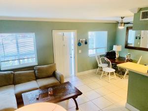 306 E Ocean Avenue, 107, Boynton Beach, FL 33435