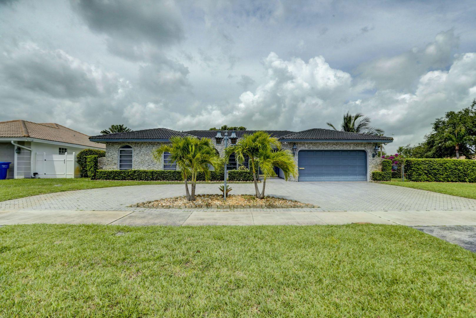 4978 Sarazen Drive Hollywood, FL 33021