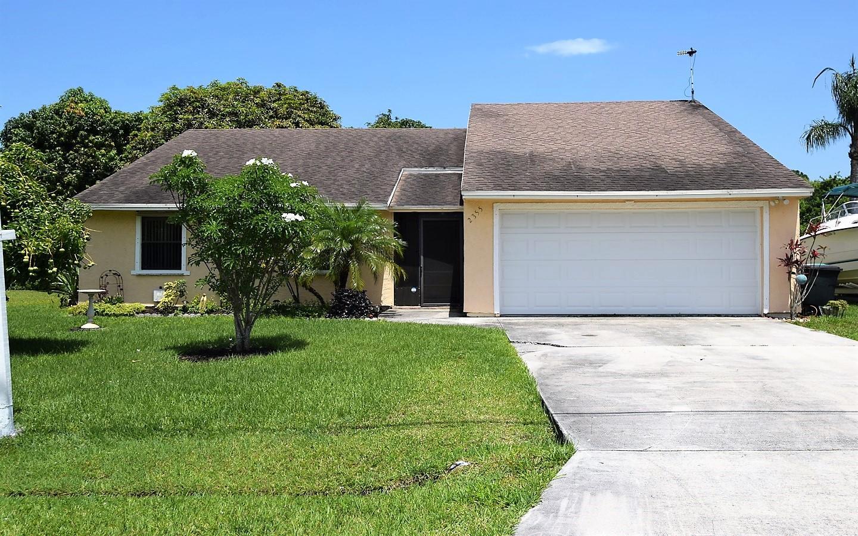 2355 SE Burton Street Port Saint Lucie, FL 34952