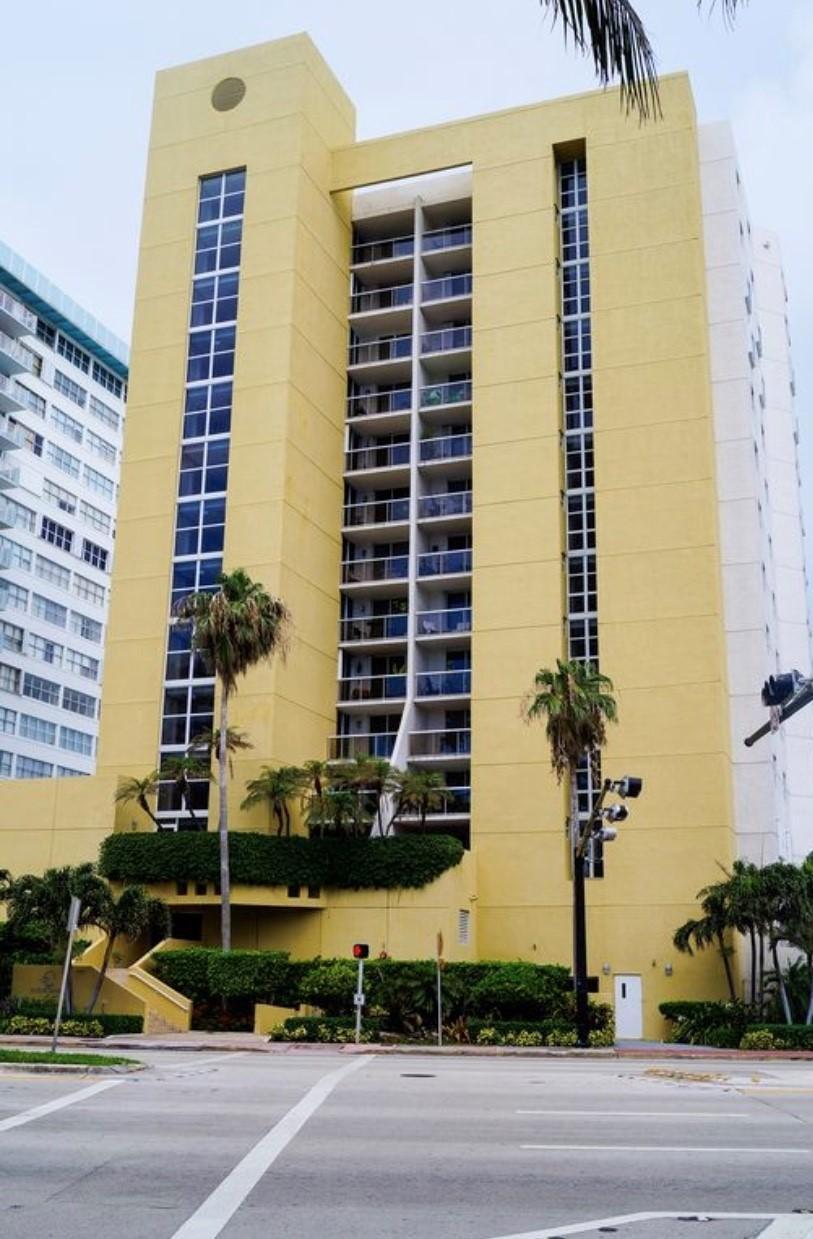 5880 Collins Ave #301, Miami Beach, FL, 33140