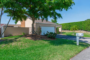 2210 NW 10th Place, Delray Beach, FL 33445