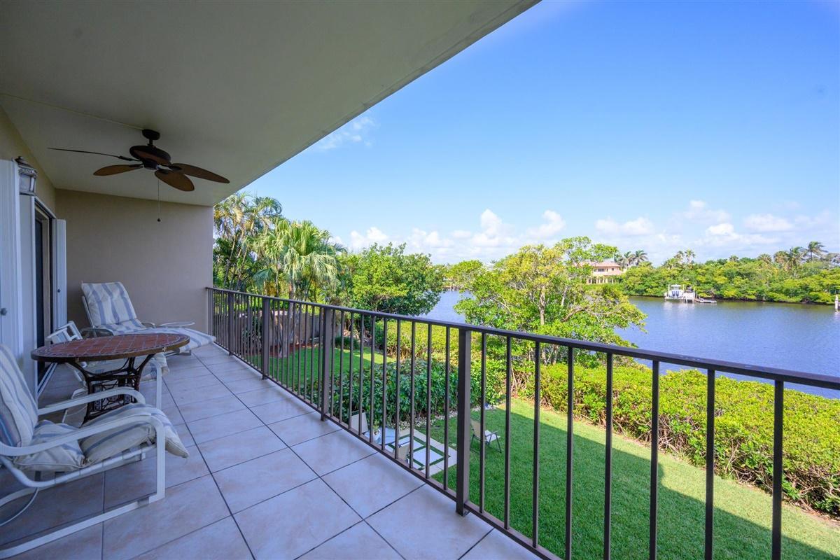 3605 S Ocean Boulevard #214 South Palm Beach, FL 33480